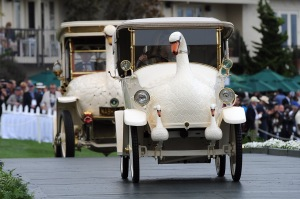 17-brooke-swan-cars-pebble